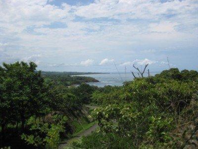 World Class Surf and Mountain Scenery on Panama's Azuero Peninsula [video]
