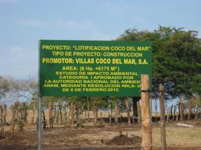 Villas Coco del Mar sign