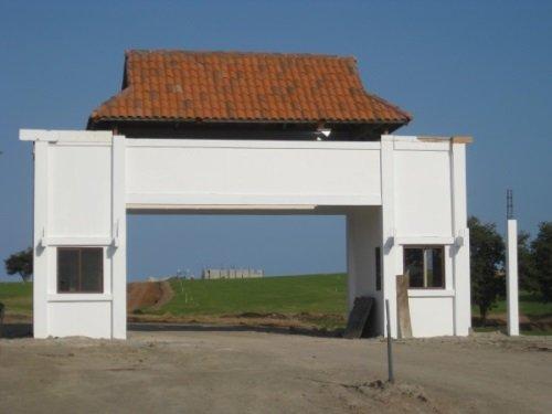 entrance gat